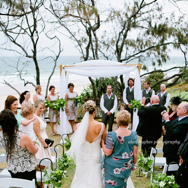 b2ap3_thumbnail_Sunshine_Coast_Wedding_Photographers_29.jpg