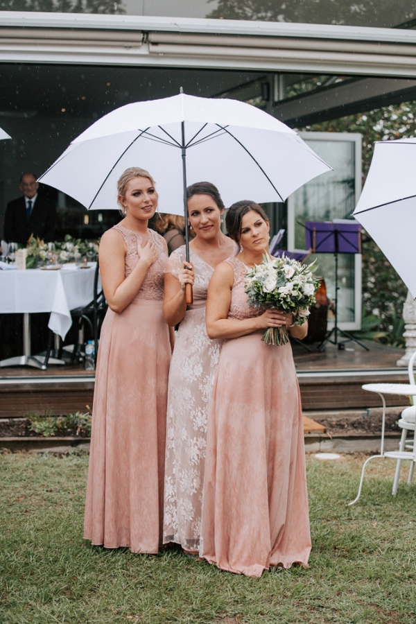 b2ap3_thumbnail_Noosa_Wedding_Photographers_DomNik_040_20190226-233621_1.jpg