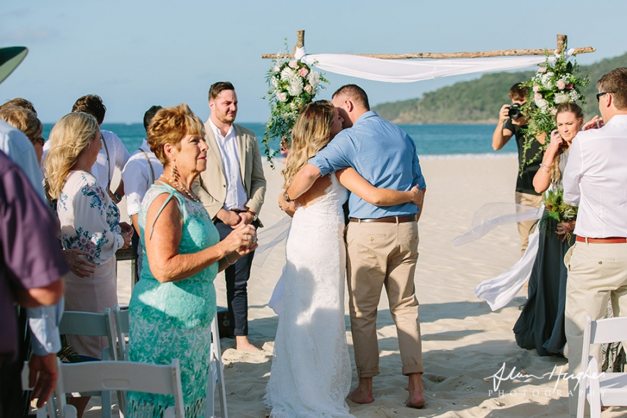 b2ap3_thumbnail_Sunshine_Coast_Wedding_ceremony_Photographer_Noosa_24.jpg