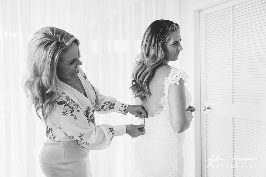 b2ap3_thumbnail_Sunshine_Coast_getting_ready_Wedding_Photographer_Noosa_08.jpg