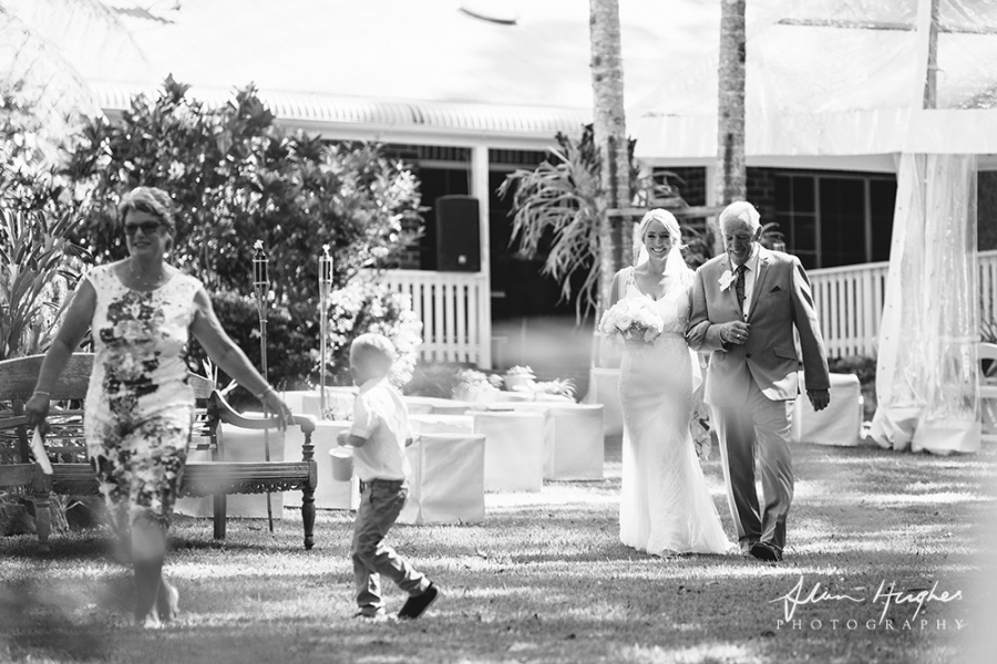 b2ap3_thumbnail_Wedding_photographers_Noosa_027_20170209-001621_1.jpg