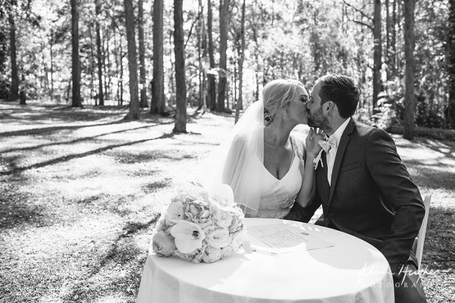 b2ap3_thumbnail_Wedding_photographers_Noosa_050_20170209-001702_1.jpg