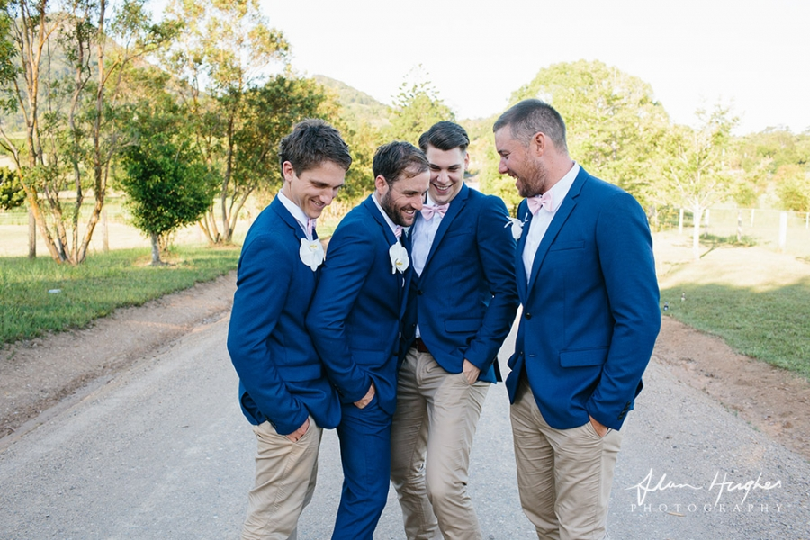b2ap3_thumbnail_Wedding_photographers_Noosa_075_20170209-001846_1.jpg
