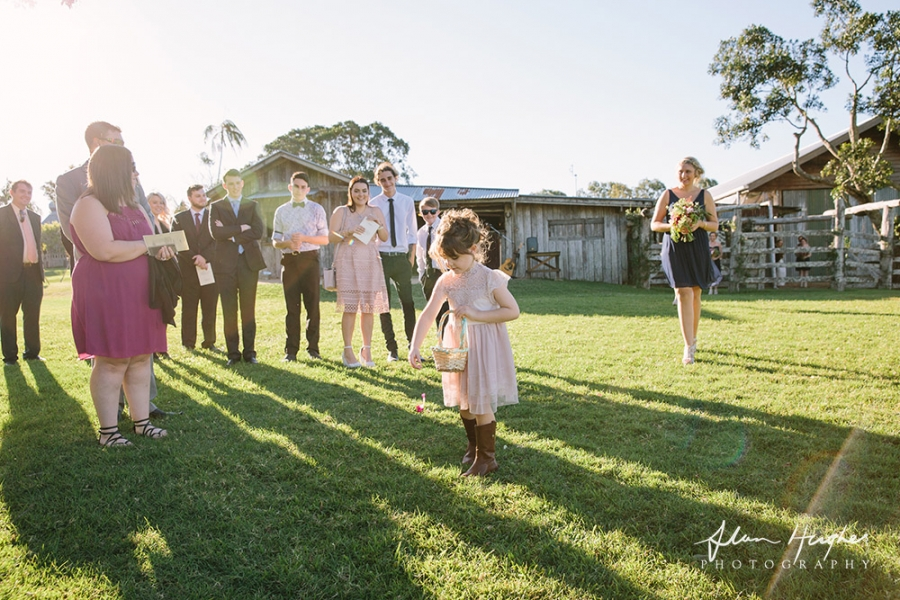 b2ap3_thumbnail_Yandina_Station_wedding_photoghy_040.jpg