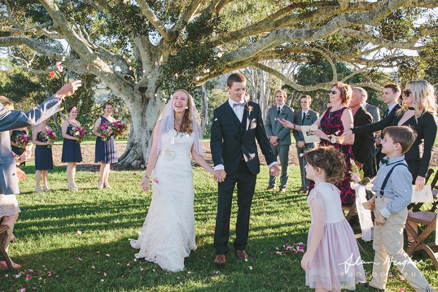b2ap3_thumbnail_Yandina_Station_wedding_photoghy_053.jpg