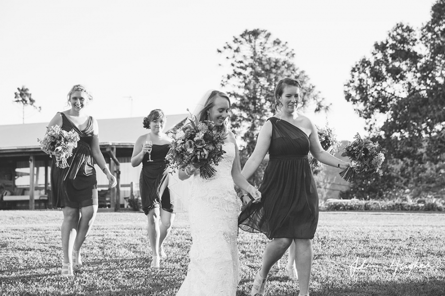 b2ap3_thumbnail_Yandina_Station_wedding_photoghy_064.jpg
