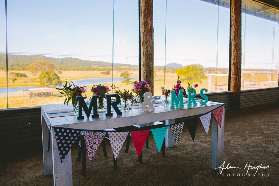 b2ap3_thumbnail_Yandina_Station_wedding_photoghy_091.jpg