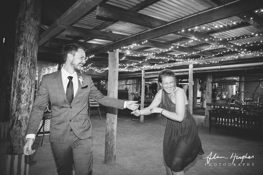 b2ap3_thumbnail_Yandina_Station_wedding_photoghy_094.jpg