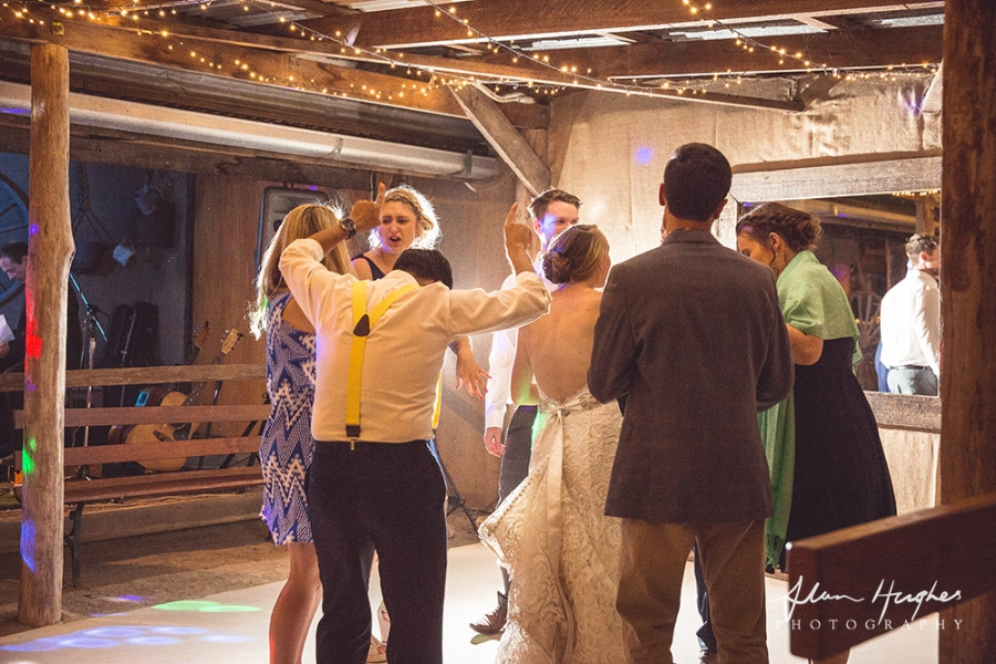 b2ap3_thumbnail_Yandina_Station_wedding_photoghy_115.jpg
